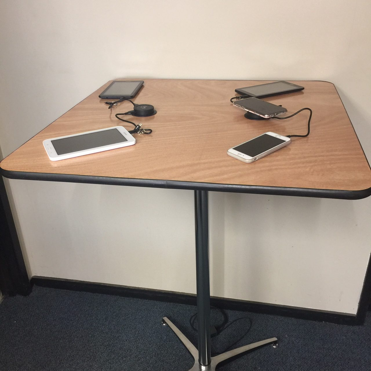 power cocktail table