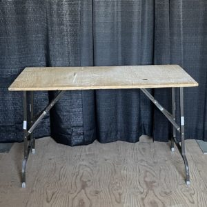 4' Plywood table